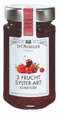 Knackige Kirschen, Erdbeeren, und Himbeeren nach Sylter Originalrezeptur schonend verarbeitet.