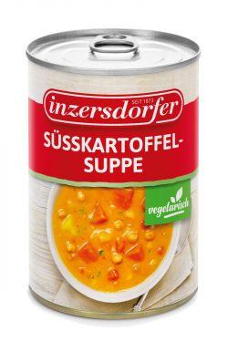 Cremige Inzersdorfer Suppe mit Süßkartoffeln, Kichererbsen und Karotten. Besonders reichhaltig und mit Kokosmilch verfeinert!