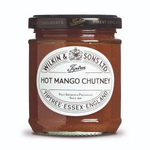 Scharfes Mango Chutney mit Mango-Stückchen.