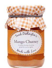 Dieses schöne Mango Chutney ist sowohl süß als auch scharf.